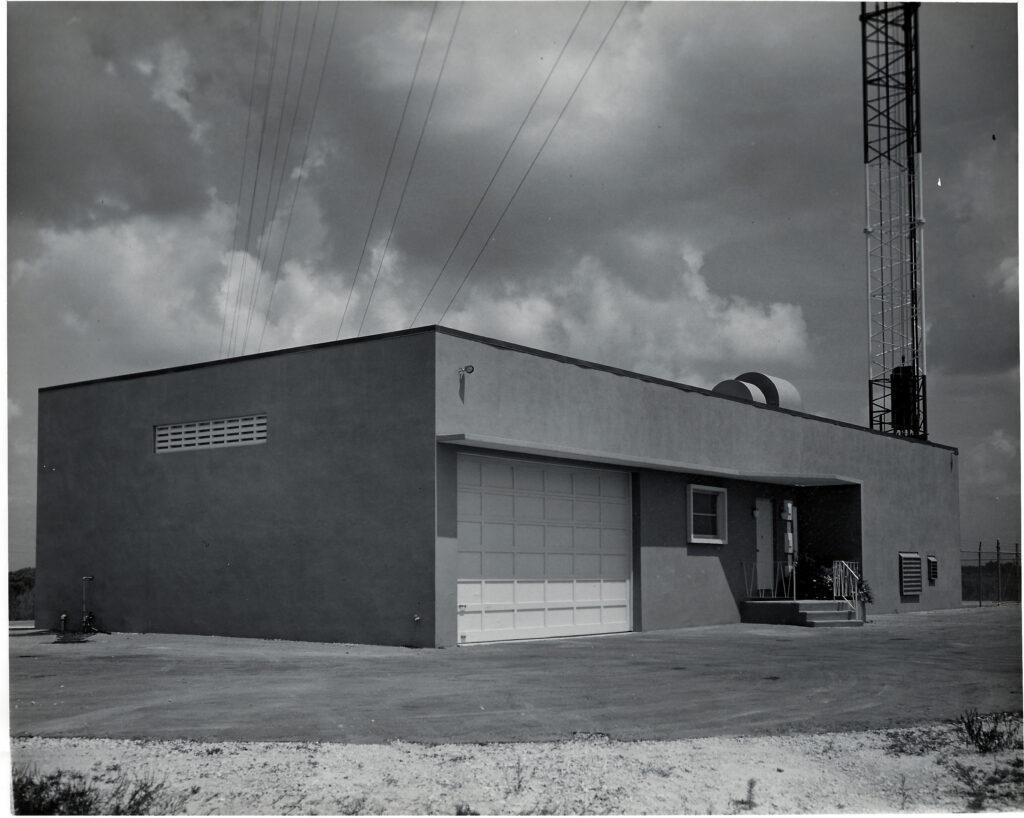 WCKT-vintage-tx-building
